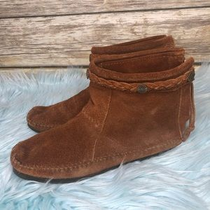 Minnetonka high top Moccasin suede leather boho